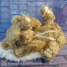 Bearenika By Iveta Rakova - Bear Pile