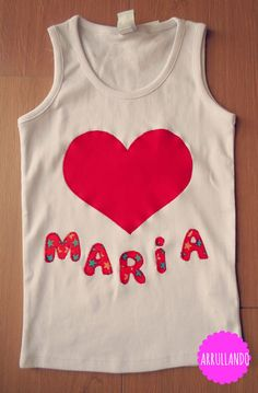 Corazón rojo María