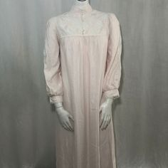 6de8bbb64d Vtg 60s Barbizon Boutique Princess Nightgown M Pale Pink White Lace USA