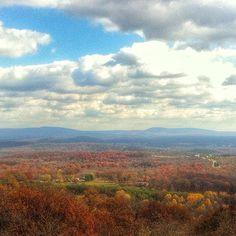 And if you stop by during autumn, the view is even more astounding.