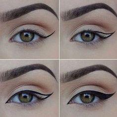 Trendy Makeup Tutorial For Beginners Winged Liner Perfect Eyeliner Ideas Trendy Makeup Tutorial For Makeup Geek, Makeup Eyeshadow, Makeup Brushes, Glitter Eyeshadow, Prom Makeup, Eyeshadow Palette, Eyeshadow Brands, Teen Makeup, Smokey Eyeshadow