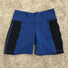 Lululemon shorts High rise lulu shorts!! Excellent like new condition! Cute detail down the side!! No tag but bought as size 4!! No trades please don't ask lululemon athletica Shorts