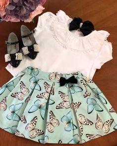 Нет описания фото. Cute Little Girl Dresses, Cute Outfits For Kids, Baby Girl Dresses, Baby Outfits, Baby Dress, Baby Girl Fashion, Toddler Fashion, Kids Fashion, Frocks For Girls
