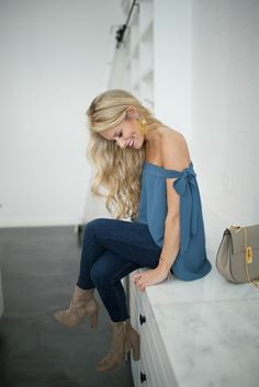 Bow Sleeve Top, blue off shoulder top, womens fashion, petite fashion blogger, Chicago blogger, Olivia Rink, shop Skylar Belle