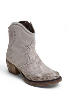 Josef Seibel cowboy boots for a stylish cowgirl!