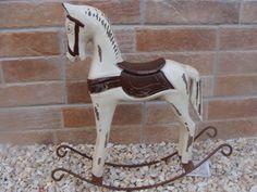 Drevený koník s patinou | Vidieckedekoracie