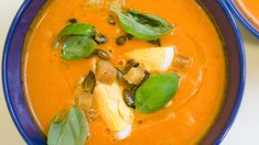 All kinds of soups. Kinds Of Soup, Soup Recipes, Healthy Recipes, Healthy Comfort Food, Thai Red Curry, Food To Make, Chili, Ethnic Recipes, Soups