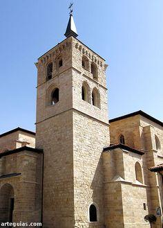 Torre gótica.de la Colegiata de Aranda de Duero, Burgos