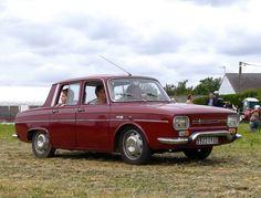 Renault R10 rouge