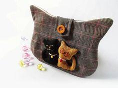 Cat zipper pouch / Cat coin purse / Zippered pencil by DooDesign, $24.00 #boebot #handmadebot #bmoms