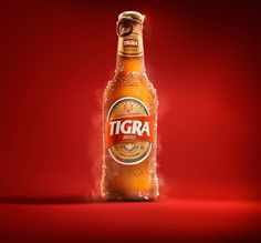 "Tigra - a cerveja com garra ""the beer with attitude"" - is a project we made for a new brand of beer from Angola. Agency: TBWA Angolaart direction: João Martins, Diogo Peixoto, Miguel ReisPhotography: Washington PossatoPost production: Leo Rocha and A… Creative Advertising, Advertising Design, Ad Design, Label Design, Beer Commercials, Beer Poster, Garra, Photoshop, Social Media Design"