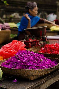Tampaksiring Market - Bali photo tour