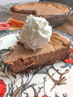 Sweetened Condensed Milk Chocolate Pie Easy Recipe Best Homemade Desserts Take To A Party Serve On A Holiday Bring To Church Potluck Comfort Food Homemade Desserts, Köstliche Desserts, Delicious Desserts, Dessert Recipes, Plated Desserts, Health Desserts, Drink Recipes, Chocolate Pie Recipes, Homemade Chocolate