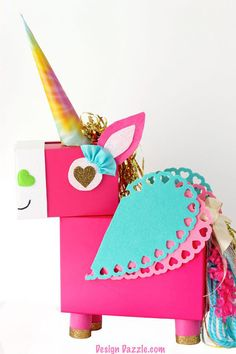 This Unicorn Valentine Card Box DIY project is a fun whimsical twist on a classic valentines card holder! Its fun to make with only a few basic supplies. Valentine Box Unicorn, Kinder Valentines, Valentine Day Boxes, Valentines Day Party, Valentine Day Crafts, Printable Valentine, Free Printable, Homemade Valentines, Valentine Wreath