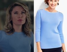 544190b321d1 2x05 Alice Cooper (Madchen Amick) wears this blue crew neck sweater with  gold button