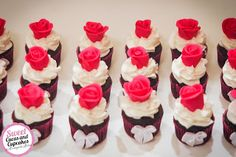 Sweet Cucas and Cupcakes by Rosângela Rolim: Mini cupcakes Rosas