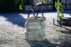 Very nice well of French limestone! Architectural Antiques, Architectural Elements, Reclaimed Building Materials, Fountain, French, Nice, Outdoor Decor, Plants, Construction Materials