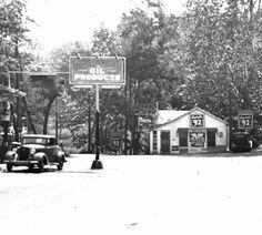 River Road, Harrods Creek, Kentucky, 1935. :: Herald-Post Collection
