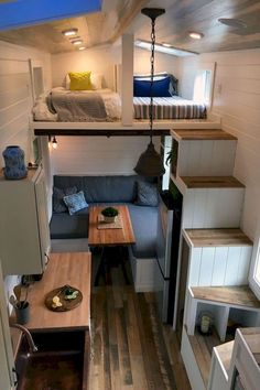 Rocky Mountain by Tiny Heirloom - Tiny Living The Rocky Mountain is a modern tiny house on wheels designed and built by Tiny Heirloom . Tyni House, Tiny House Living, Small Living, Rv Living, Living Rooms, House Stairs, House Floor, Tiny House Family, Apartment Living