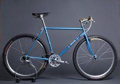 GALLUS adventure bike