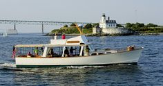 Gansett Cruises offers one and a half hour harbour boat tours and sunset cruises of Narragansett Bay. Enjoy a scenic tour of Newport and Jamestown while choosing from a selection of wine, beer and cocktails while nibbling on classic, New England bites. Photo Courtasy of Gansett Cruises, Newport RI.