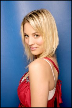 Kaley Cuoco (Penny en The Big Bang Theory) Kaley Cuoco, Close Up, Beauty And Fashion, Portraits, Up Girl, Woman Face, Pretty Face, Bigbang, Gorgeous Women