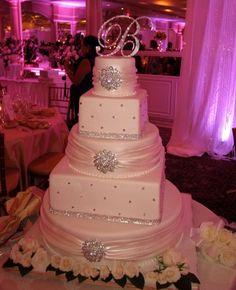 Beautiful Brooches & Wraps Wedding
