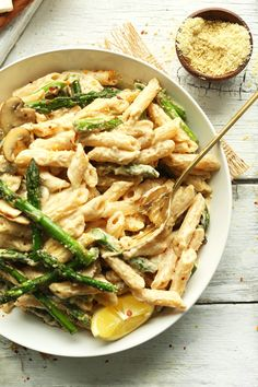 Vegan Creamy Asparagus & Mushroom Pasta...this is delicious!