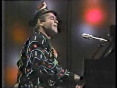 Elton John - Little Jeannie (Live on the Tomorrow Show in 1980)
