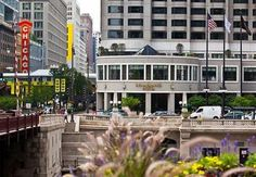 Renaissance Chicago Hotel, One West Wacker Drive, Chicago, Illinois United States - Click 'n Book Hotels