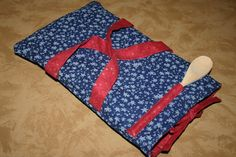 Homemade Christmas Gift #37: Fabric Casserole Carrier