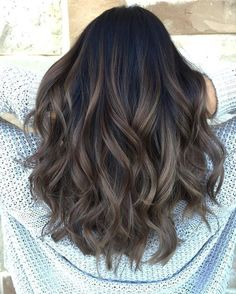 Hot Haircut and Color Trends for 2019 70 Hot Haircut and Color Trends for 2019 – Farbige Haare Hair Color For Black Hair, Brown Hair Colors, Dyed Black Hair, Darker Hair Color Ideas, Black Hombre Hair, Gray Hair, Black Colored Hair, Trendy Hair Colors, Hair Color 2018