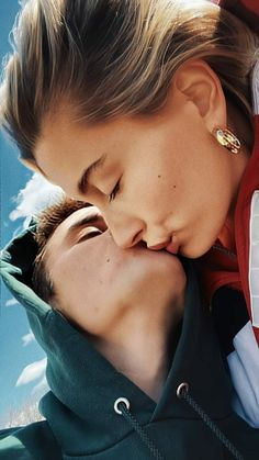 Justin Baby, Justin Hailey, Couple Goals Teenagers, Cute Couples Goals, Cute Couple Videos, Couple Pictures, Cute Relationship Goals, Cute Relationships, Call Justin Bieber