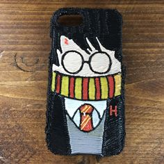 Harry Potter phone case drawn with my Polaroid 3D Play Pen #PolaroidPlay #Polaroid3D #Drawing #HarryPotter 3d Drawing Pen, 3d Drawings, Boli 3d, Harry Potter Phone Case, Stylo 3d, Play Pen, Diy Crafts To Do, Pen Art, 3doodler Ideas