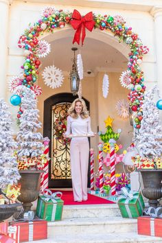 Jennifer Houghton welcomes you to Turtle Creek Lane& Who-Ville and Grinch t. Jennifer Houghton welcomes you to Turtle Creek Lane& Who-Ville and Grinch themed Christmas porch! Candy Land Christmas, Whimsical Christmas, Christmas Porch, Outdoor Christmas Decorations, Christmas Themes, Christmas Holidays, Christmas Wreaths, Christmas Cactus, Christmas Vacation