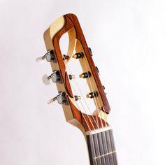 Atelier des cordes Guitar Diy, Music Guitar, Acoustic Guitar, Custom Electric Guitars, Custom Guitars, Radios, Guitar Lessons For Beginners, Unique Guitars, Guitar Neck