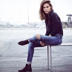 Jessica Alba is jumping into the fashion world with an amazing collab. DL1961 Demin holds similar values to Alba's Honest Company, and even beyond ethics, the line will be to-die-for! Head over to  Womanista.com for the scoop and gorg. photos! *Link in Bio* // #Womanista #fashion #ootd #JAxDL cc: @laurenrfinney @jessicaalba @dl1961denim //  @denimandsoul
