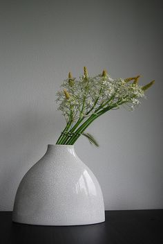 Ikebana 'Grass bindings' in bloom Japanese flowers arrangement