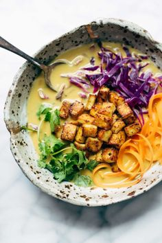 You Have Meals Poisoning More Normally Than You're Thinking That Coconut Curry Soup - This Easy Recipe Can Be Made With Almost Any Vegetables You Have On Hand Silky-Smooth And Full Of Flavor. Veggie lover And Vegan Soup Recipes, Vegetarian Recipes, Dinner Recipes, Cooking Recipes, Healthy Recipes, Holiday Recipes, Paleo Dinner, Vegetarian Curry, Vegan Curry