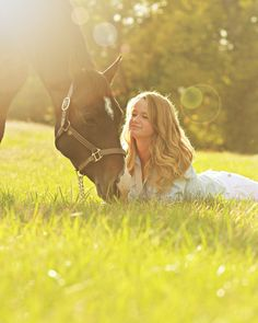 Senior girls pose with horse