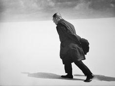 Antanas Sutkus, JEAN-PAUL SARTRE IN NIDA, LITAUEN, 1965, Auktion 931 Photographie, Lot 195