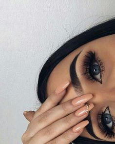 Pin by leatrice rodriguez on brows and lashes beauty makeup, makeup, eye ma Makeup Goals, Love Makeup, Makeup Inspo, Makeup Art, Makeup Inspiration, Makeup Tips, Edgy Makeup, Glamour Makeup, Dramatic Makeup