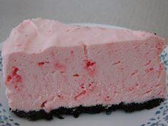 Easy White Chocolate Peppermint Cheesecake