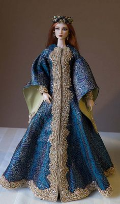 Eden 13thC-1 lowres | Eden in OOAK 13th century gown and cro… | Flickr