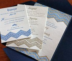 We love the look of the matching enclosure cards that complete this invitation suite.