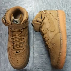 NIKE AIR FORCE 1 MID 07 PRM QS FLAXFLAX OUTDOOR GREEN