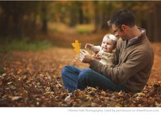 Beautiful Autumn Photo of a Dad and His Baby Girl by Renee Hall Photography… Fall Baby Pictures, Family Photos With Baby, Fall Family Photos, Fall Photos, Cute Babies Photography, Children Photography, Family Photography, Baby Shooting, Fall Family Portraits