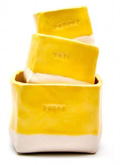 Cute yellow containers with a dip-dyed look.
