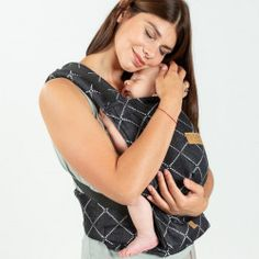 Isara Quick Full Buckle baby draagzak | Draagzak.nl Baby, Women, Fashion, Moda, Fashion Styles, Baby Humor, Fashion Illustrations, Infant, Babies