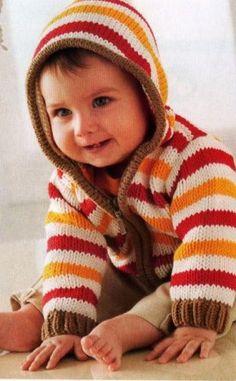 Детский полосатый жакет с капюшоном спицами